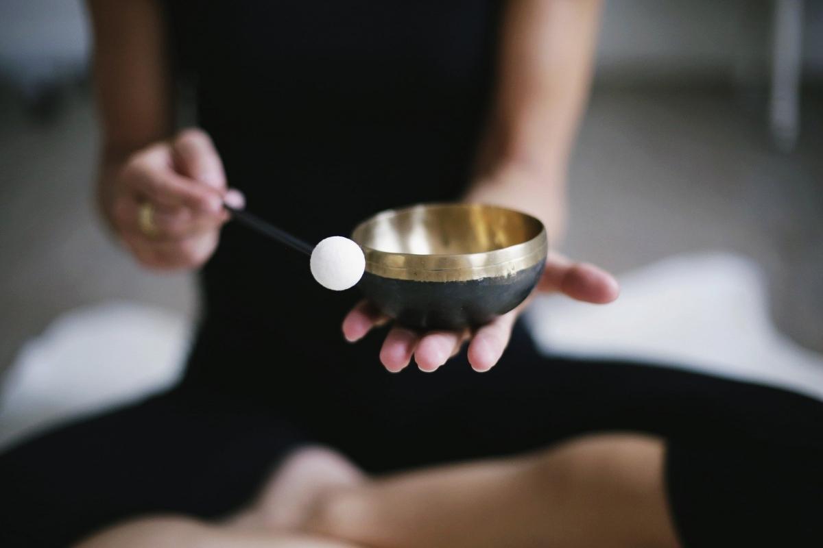 https://wtcamsterdam.com/wp-content/uploads/2021/06/meditation-3480814_1920.jpeg